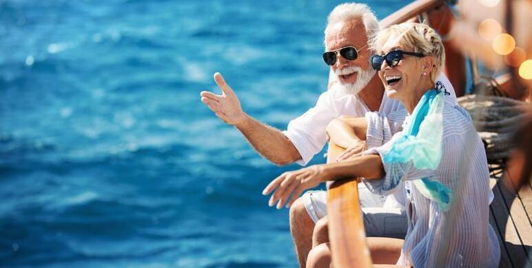 12_Plan_Vacation_Around_Family_iStock-2
